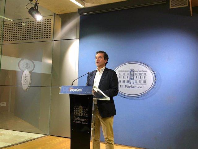 El presidente del PP, Biel Company, en rueda de prensa.