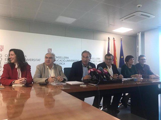 El conseller d'Educació i Universitat, Martí March, en la roda de premsa de presentació de l'avantprojecte de Llei d'Educació de Balears