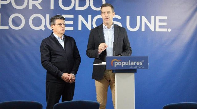 Los diputados nacionales del PP Miguel Ángel Castellón y Juan José Matarí