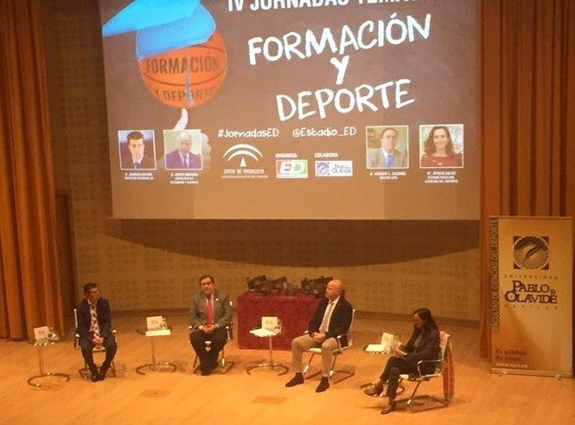 Javier Imbroda apuesta por integrar los valores del deporte en el sistema educativo andaluz