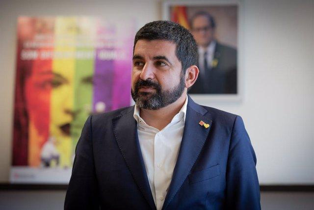 Retrat del conseller de Treball, Assumptes Socials y Famílies de la Generalitat catalana, Chakir el Homrani, a Barcelona (Catalunya/España).