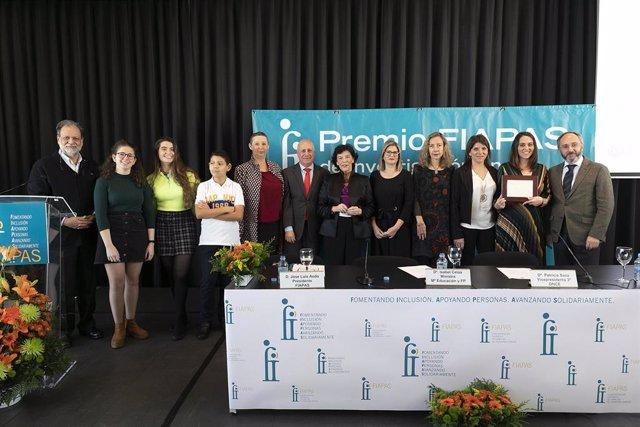 La ministra de Educación y Formación Profesional en funciones, Isabel Celaá, ha entregado este miércoles los premios de la Confederación Española de Familias de Personas Sordas (FIAPAS).