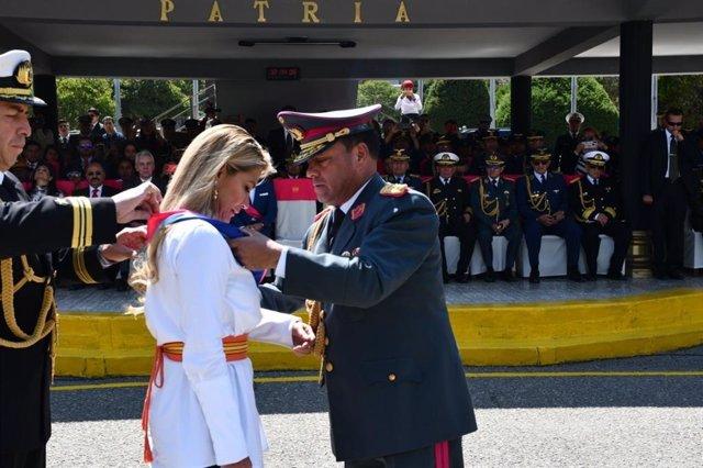 Bolivia.- Las Fuerzas Armadas bolivianas formalizan su reconocimiento a Áñez com