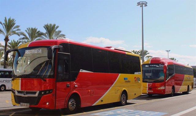 El Parlament propone bonificar el transporte público a los usuarios que den de b