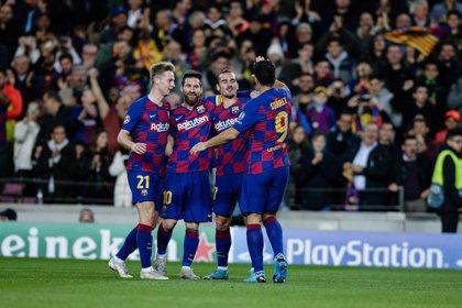 La fiesta de Messi lleva al Barça a octavos como líder