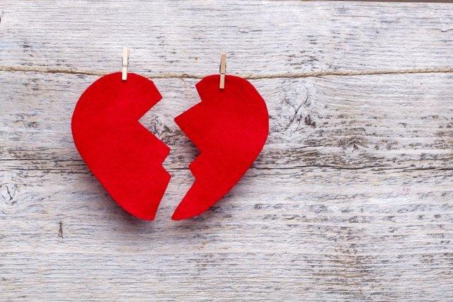 Corazón roto, lesión corazón, cardiopatía.