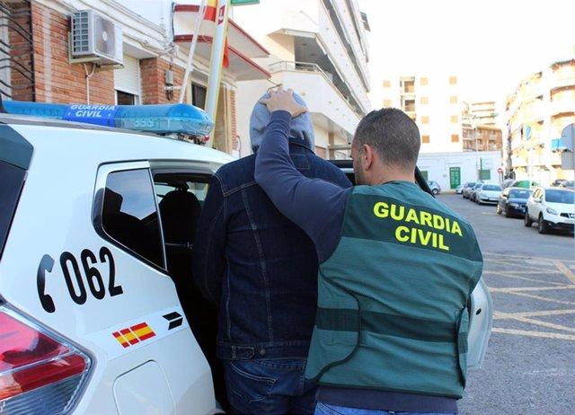 Guardia Civil desmantela una organización criminal dedicada a la trata de seres humanos con fines de explotación laboral