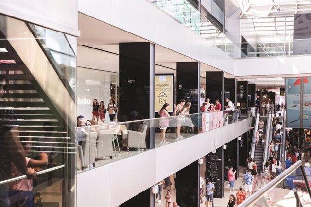 Black Friday: Descubre las mejores sorpresas de los centros comerciales y cómo escapar del estrés