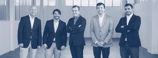 Imagen del comité ejecutivo de Mecwide, integrado por Luis Reis, Paulo Barradas, Carlos Palhares, André Pinto y Pedro Teles.