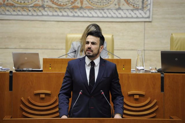 El diputado de Cs en la Asamblea de Extremadura David Salazar