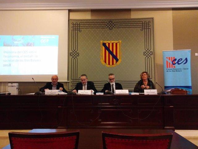 El Consell Econòmic i Social presenta su memoria en el Parlament