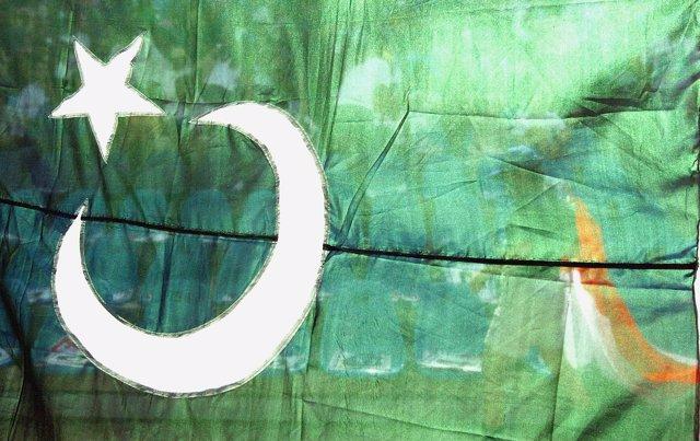 Bandera de Paquistán en una imagen de archivo
