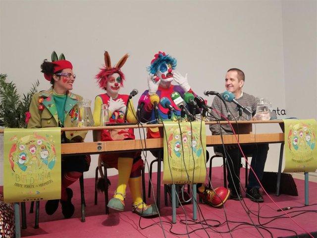 Rueda de prensa de los payasos 'Pirritx, Porrotx eta Marimotots' en Pamplona