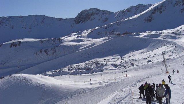 Imagen de archivo de la estación de esquí de San Isidro de León.