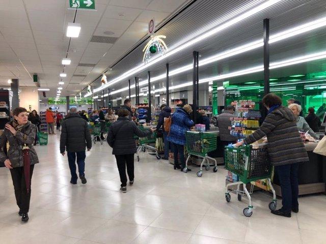Nuevo supermercado de Mercadona en el paseo del Cauce de Valladolid.