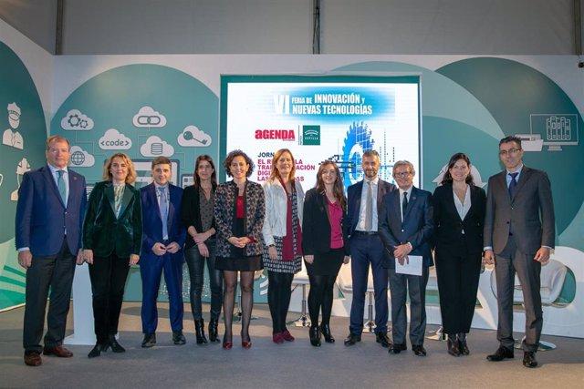 Participantes en el encuentro 'El reto de la transformación digital'