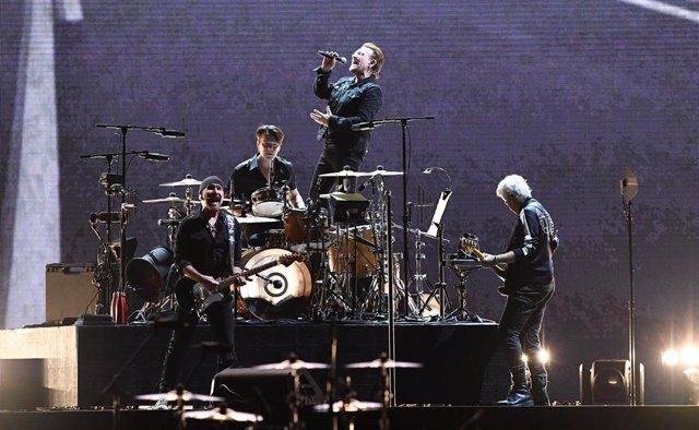 12 November 2019, Australia, Brisbane: Irish rock band U2 perform on stage at Suncorp Stadium during The Joshua Tree Tour 2019. Photo: Dave Hunt/AAP/dpa