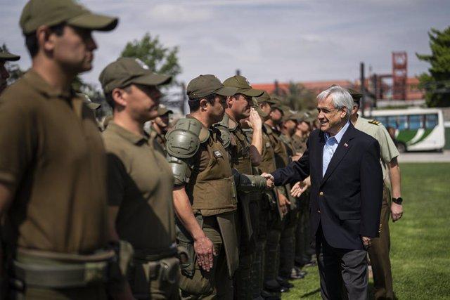 """Chile.- Piñera pide a las fuerzas de seguridad actuar sin """"tibieza"""" porque se en"""