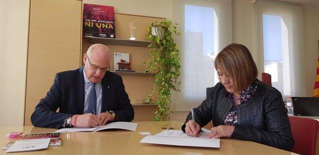 El director general de la Direcció d'Administració de Seguretat, Jordi Jardí, i la presidenta d'AGI, Rosa Maria Garriga.