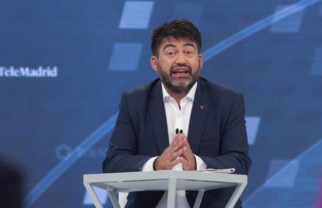 El candidato de Madrid en Pie Municipalista al Ayuntamiento de Madrid, Carlos Sánchez Mato, en un debate de Telemadrid.