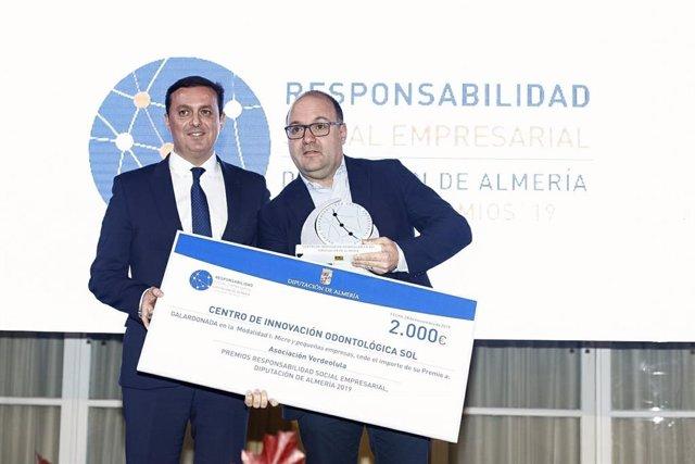 El presidente de la Diputación de Almería, Javier Aureliano García, en el acto de entrega de los Premios de Responsabilidad Social Empresarial