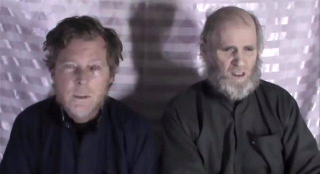 Timothy Weeks y Kevin King, los dos profesores de inglés secuestrados durante tres años por los talibán, han sido ya liberados tras un acuerdo de intercambio de rehénes con el grupo terrorista.