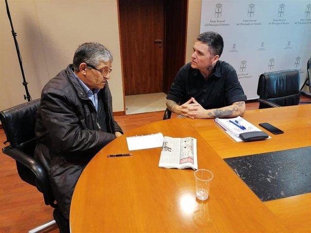 Victor Fernández, de la Asociación Malpica y Rafael Palacios (Podemos).