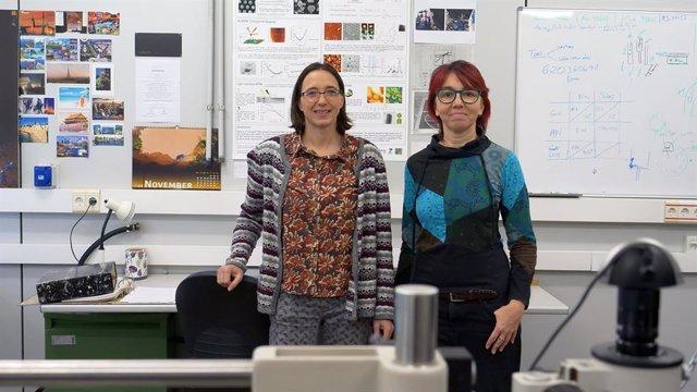 Investigadoras del grupo POEMAS (Propiedades Optoelectrónicas de Materiales Avanzados y Superficies), del ICMUV-Universitat de València