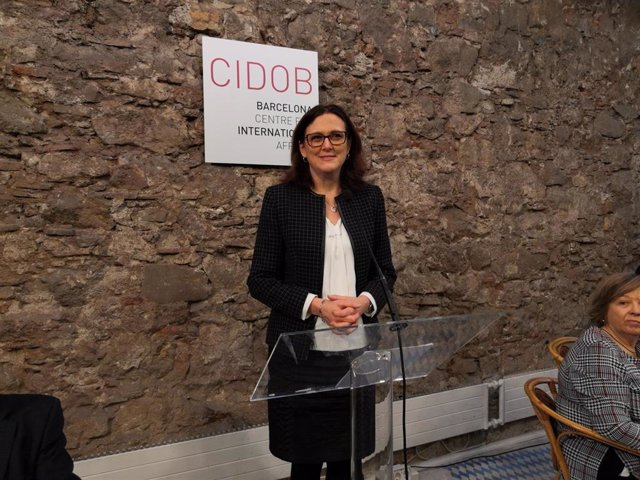 La Comisaria de Comercio Europea, Cecilia Malmström, en un desayuno informativo organizado por el Cidob