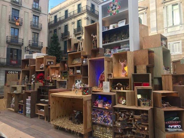 El belén del Ayuntamiento de Barcelona en la plaza Sant Jaume