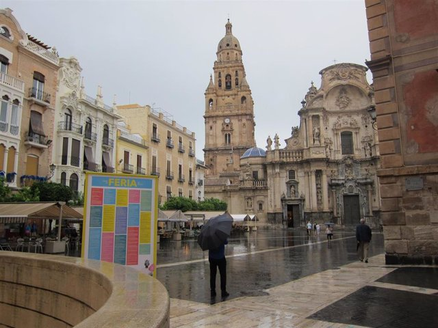 Lluvias, tormentas, aviso rojo Murcia ciudad, Catedral #DANA