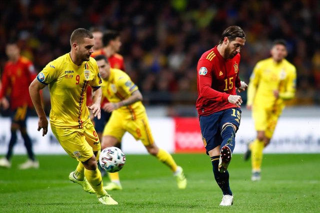 Sergio Ramos jugando con España
