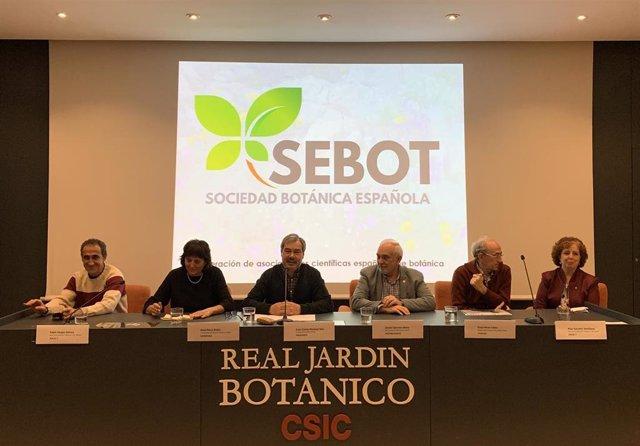 Presentación de la Sociedad Botánica Española (SEBOT), formada por cinco sociedades científicas del ámbito de la botánica, en el Real Jardín Botánico de Madrid.
