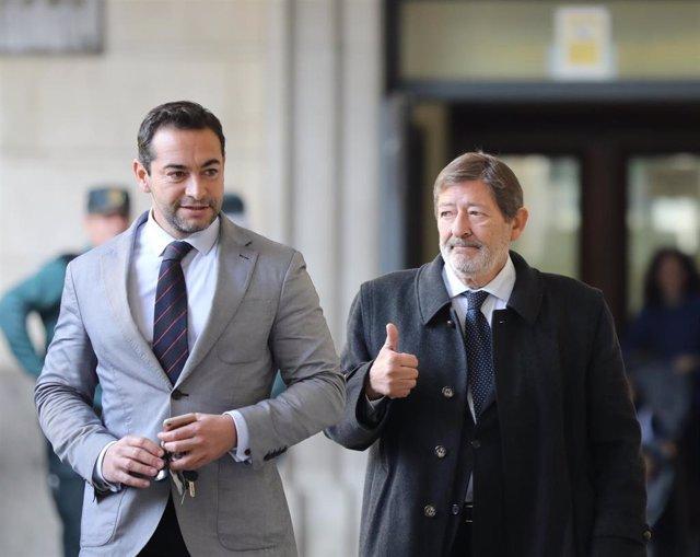 El exdirector general de Trabajo de la Junta Francisco Javier Guerrero llega a la Audiencia de Sevilla para conocer el auto del tribunal de los ERE sobre su posible ingreso en prisión