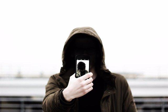 Selfi, ciberseguridad, recurso.