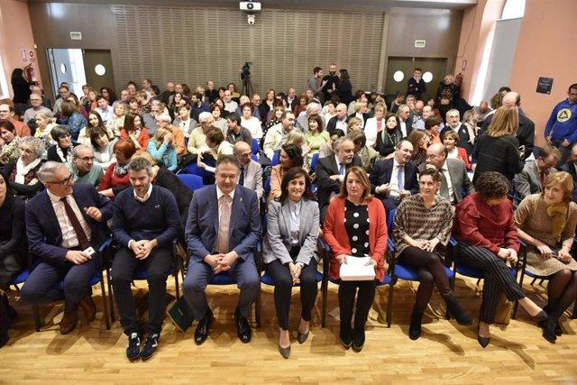La Rioja homenajea a 108 profesionales por sus trayectorias en la educación de la región