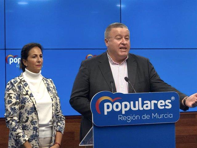 Isabel Borrego y Francisco Bernabé