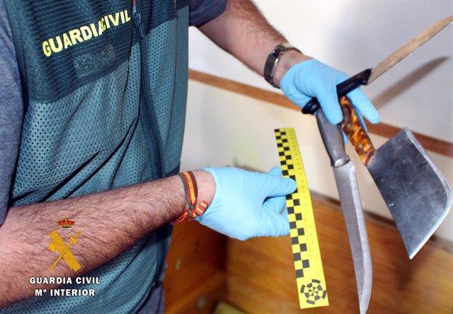 Rdo. Nota De Prensa Guardia Civil (Detenidos Presuntos Autores Atracos Gasolineras Y Un Supermercado De Cantabria)