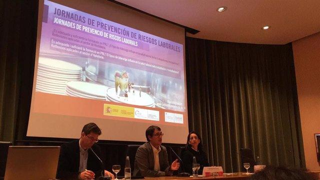El conseller de Modelo Económico, Turismo y Trabajo, Iago Negueruela, en unas jornadas sobre prevención de riesgo laboral