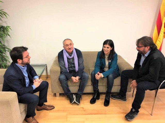 El coordinador nacional d'ERC, Pere Aragonès, el secretari general d'UGT, Pepe Álvarez; la secretària general adjunta d'ERC, Marta Vilalta, i el secr.gral.de UGT de Catalunya, Camil Ros, reunits a la seu d'ERC a Barcelona el 29/11/2019