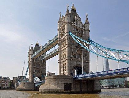 """R.Unido.- La Policía investiga un """"incidente"""" en el Puente de Londres"""