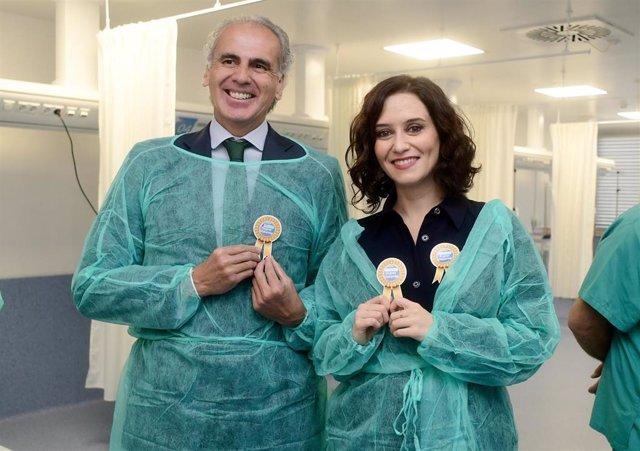 Imagen de recurso del consejero de Sanidad, Enrique Ruiz Escudero, y de la presidenta de la Comunidad de Madrid, Isabel Díaz Ayuso.