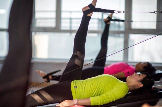 Pilates, estirar