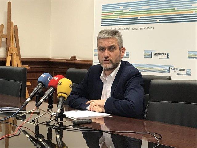 El portavoz del equipo de Gobierno (PP-Cs) de Santander y concejal de Urbanismo, Javier Ceruti