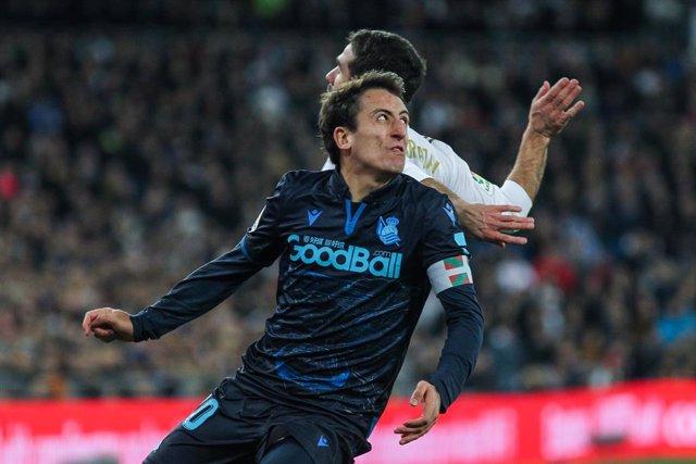 Fútbol/Primera.- (Previa) La Real busca seguir enganchado a Champions y el Valen