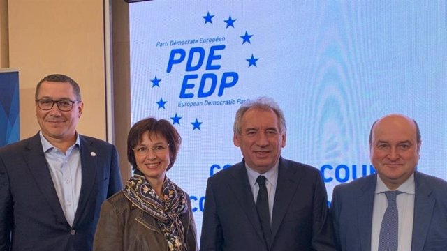 Consejo del PDE en París en el que el presidente del EBB del PNV, Andoni Ortuzar, ha sido elegido vicepresidente