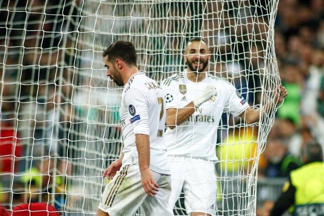 Karim Benzema celebra un gol del Real Madrid.