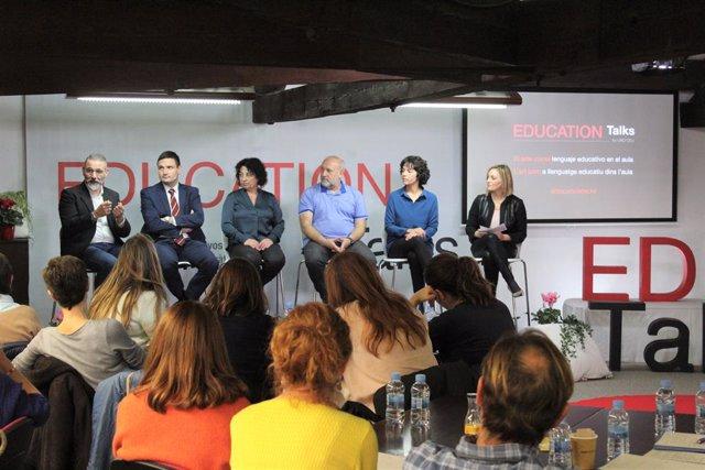 Sessió d'Education Talks a la UAO CEU