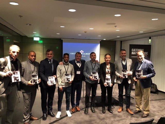 Presentación en Londres del libro sobre fútbol con respaldo del destino 'Costa de Almería'