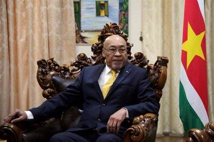 Surinam.- Condenado a 20 años de cárcel el presidente de Surinam por la ejecución de 15 opositores en 1982